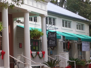 "The ""Third Place"" restaurant in Haile Plantation"